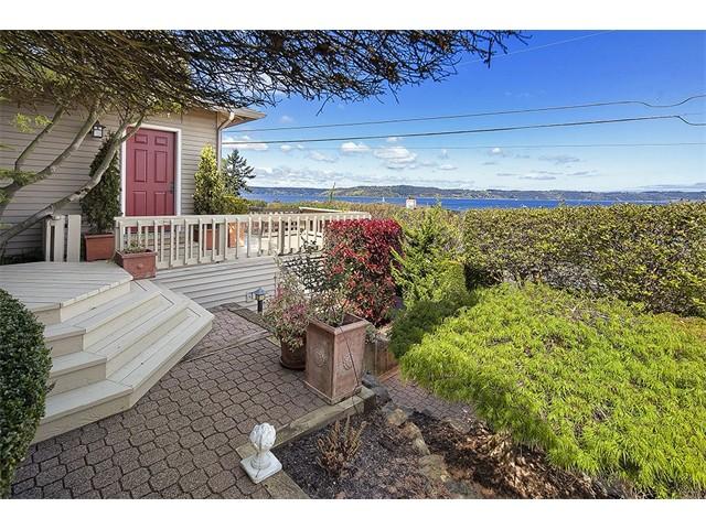Photo of 6811 Soundview Drive NE, Tacoma, WA, 98422