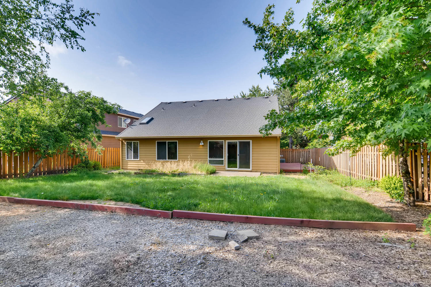 Photo of 1207 SE 14th Ave, Canby, OR, 97013