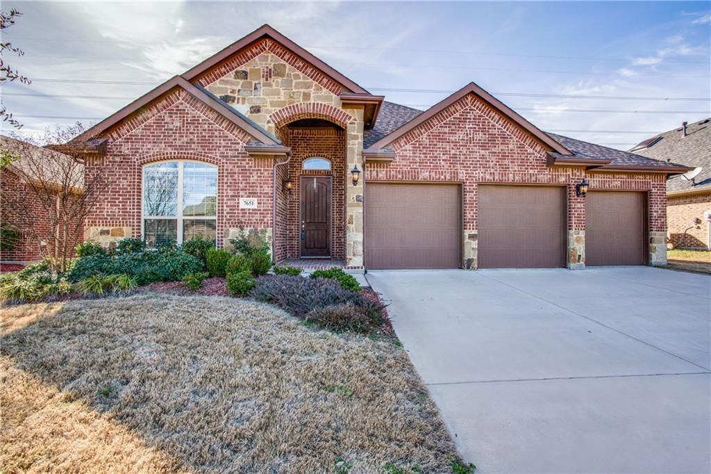 Photo of 7651 Watercrest Lane, Grand Prairie, TX 75054