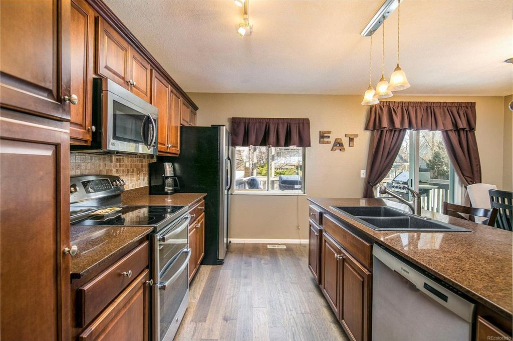Photo of 5772 S Netherland St, Centennial, CO, 80015