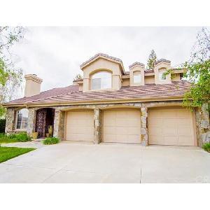 Home for rent in Santa Clarita, CA