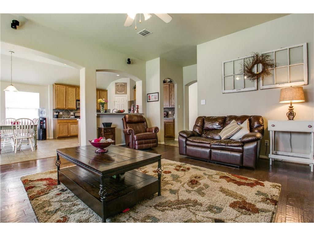 Photo of 2615 Hardwood Trail, Mansfield, TX, 76063