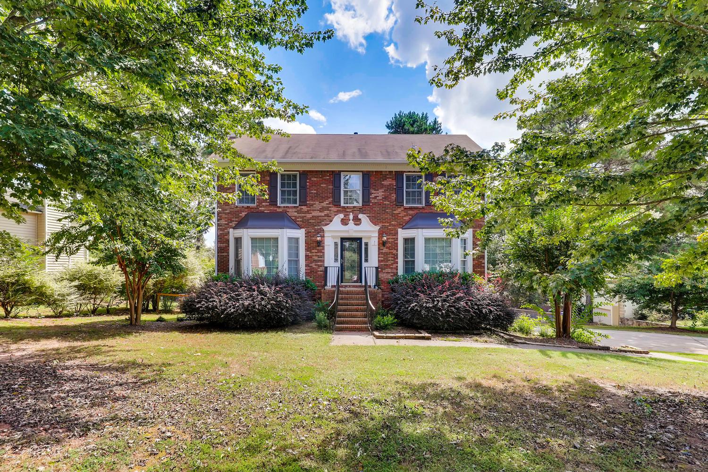Photo of 1370 Middleburg Hunt, Lawrenceville, GA, 30043