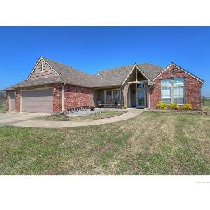 Home for rent in Skiatook, OK