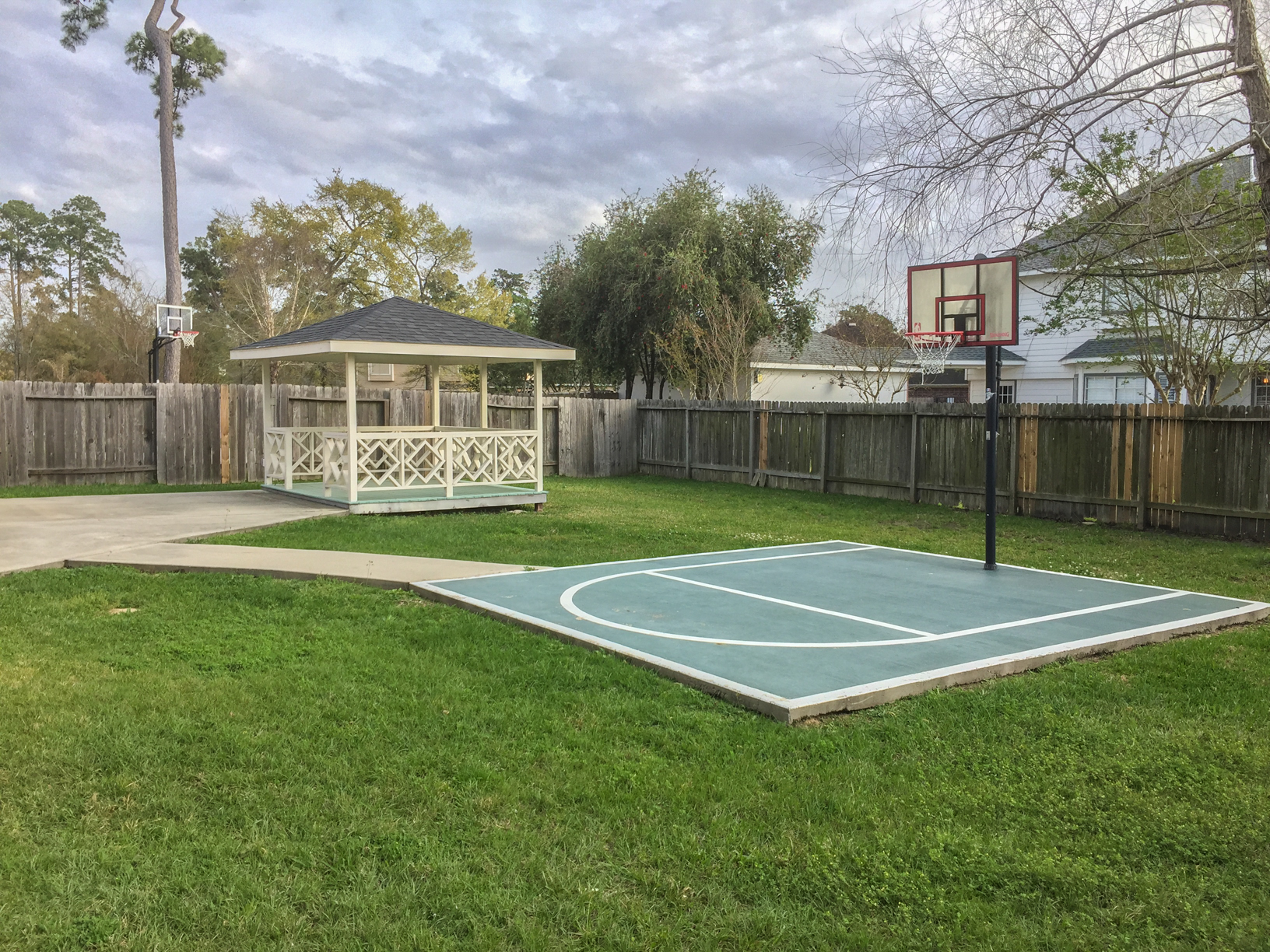 Photo of 8127 Edenwood Drive, spring, TX, 77389