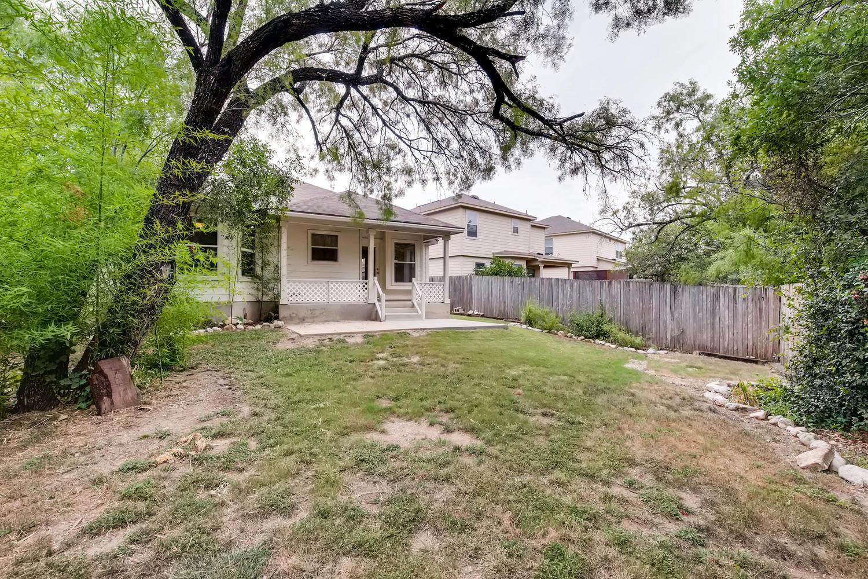 Photo of 10246 Roseangel Ln, Helotes, TX, 78023