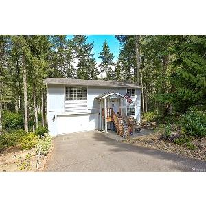Home for rent in Lakebay, WA