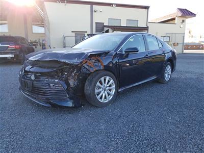 2018 Toyota Camry LE (L4, 2.5L)