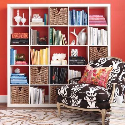 Bookshelfred