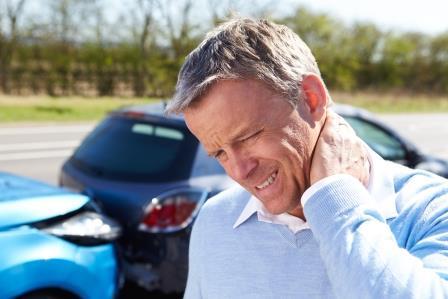 כאבי צוואר כתוצאה מתאונת דרכים - הצילו מה עושים ?