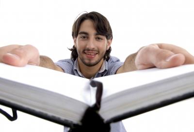 פלדנקרייז כדרך חיים זה כמו לקרוא ספרים התמונה מהאתר www.freedigitalphotos.net