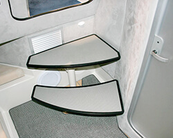 Black Starboard Steps with Grey Loncoin Non-Skid Inlay