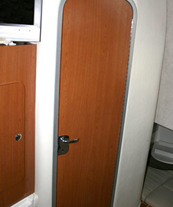 Laminate Covered Head Door with Aluminum Frame