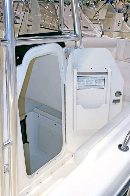 Boat doors bomon marineboat window replacementmarine for Boat cabin entry doors