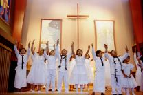 A youth choir from the Samoan Fellowship sings during worship at Turnagain United Methodist Church in Anchorage, Alaska. File photo by Mike DuBose, UMNS.