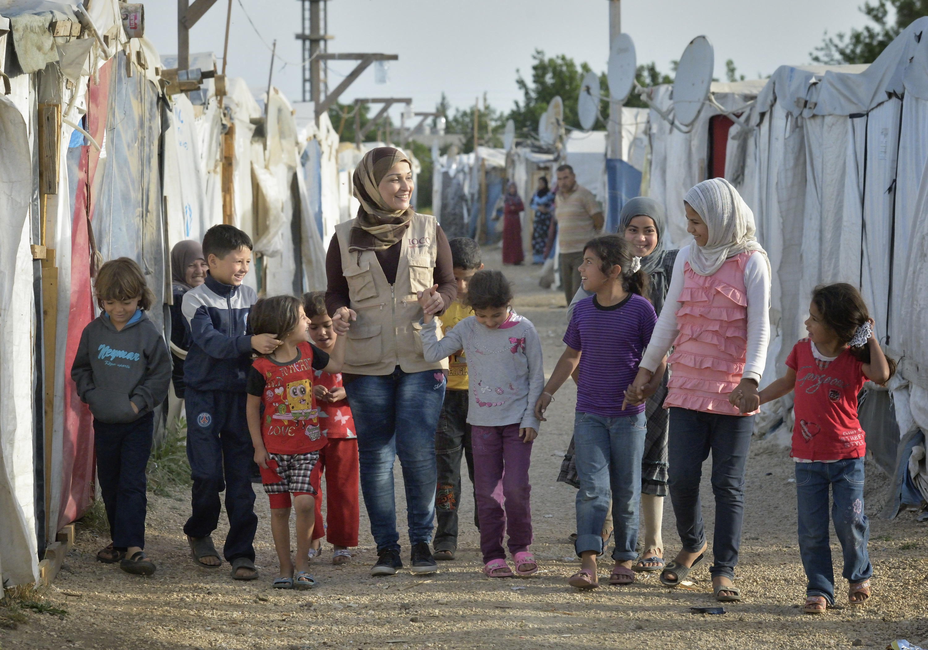 how to help christian syrian refugees