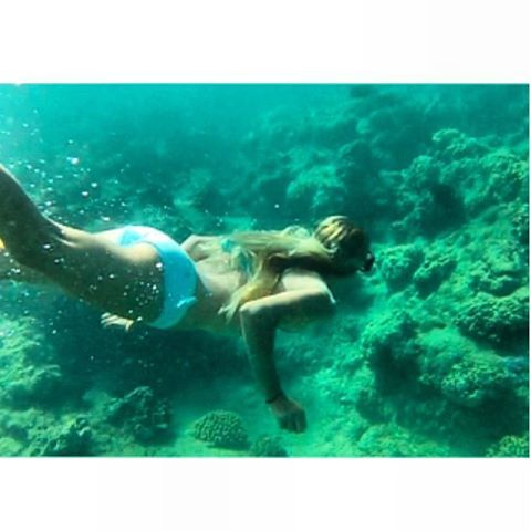 Regram from our junior longboard ambassador @kayruh_walrus exploring the reef in Kauai! She is wearing the Desi bikini in mint and lavender, Cute pic Kaira!