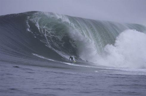 Lance Harriman dropping in at Mavericks.