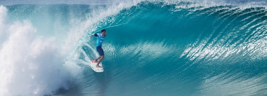 The opening day of the Billabong Pipe Masters, in Memory of Andy Irons, commenced yesterday in firing six-to-eight foot waves. Here are the Top 5 Moments from Day 1