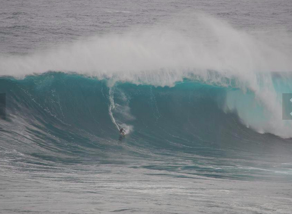 some insane shots of jaws....
