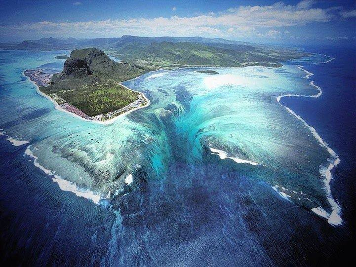 This is off the chains, an underwater waterfall in the Le Morne Brabant peninsula, Island of Mauritius