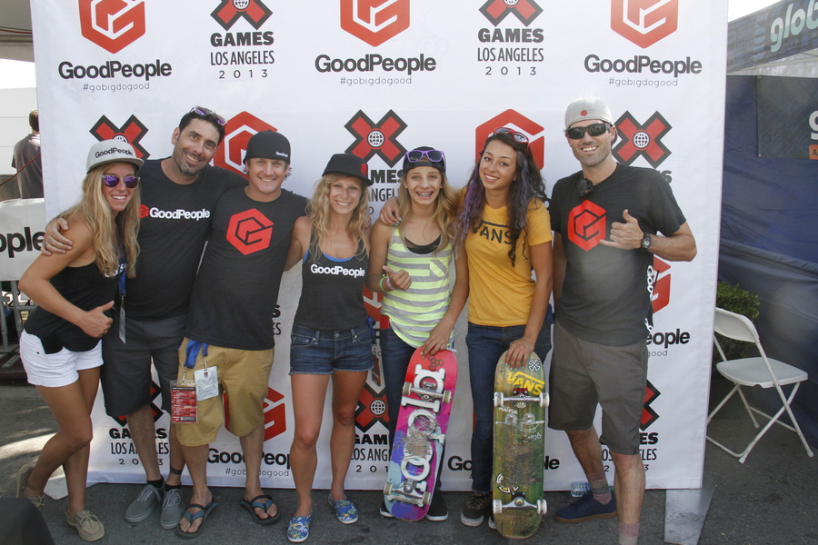 The GoodPeople Crew hanging with Pro Skaters Alana Smith and Lizzie Armanto