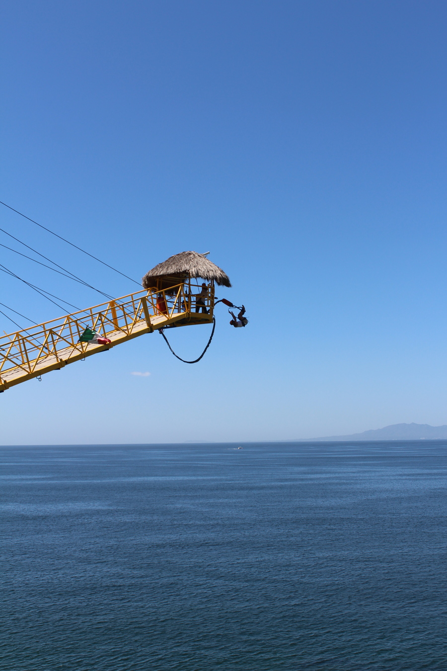 First time bungee jumping going extreme with a front flip in Mexico!!