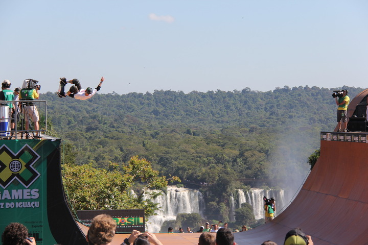 We had a blast covering the X Games for you guys! Check out the album for lots of photos from our awesome trip to Foz do Iguaçu.