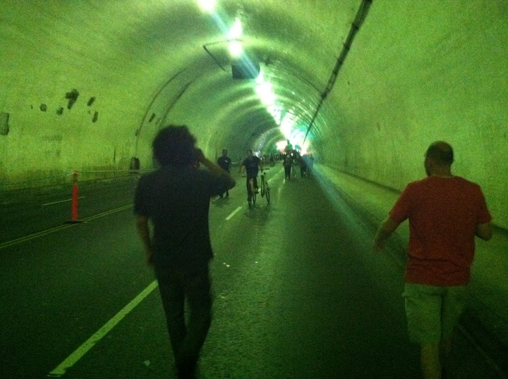 A 2 person sprint through the 2nd Street tunnel.