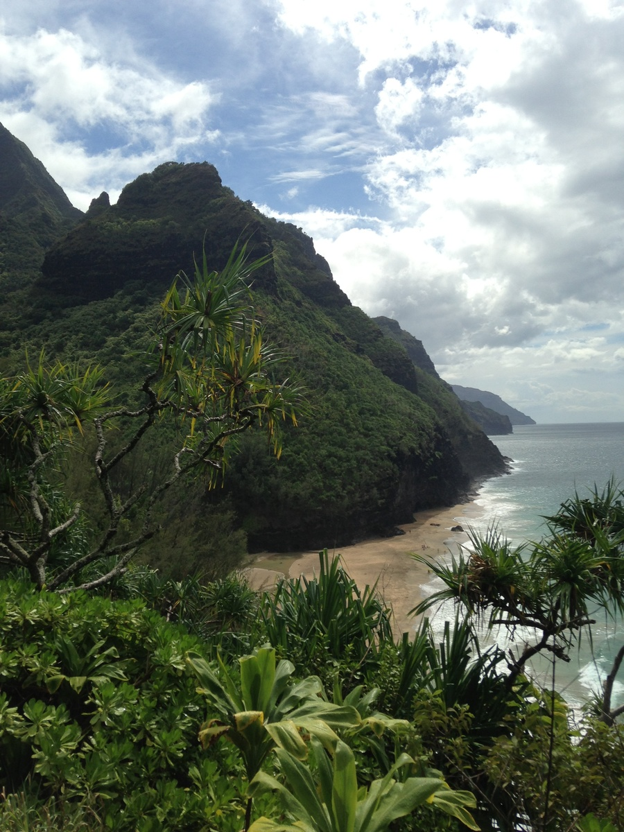 Na Pali coast, rainy and beautiful.