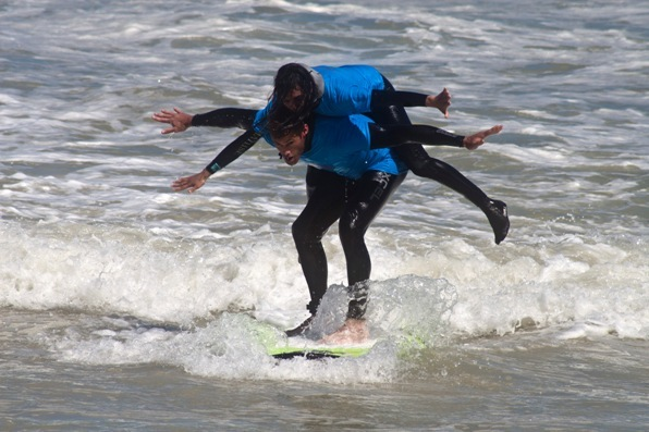 Check out our friends James and Cristi demonstrating the 'Koala' maneuver that won them the Similasan Tandem Surfing Title at the BOS Earthwave Beach Festival in Muizenberg , South Africa