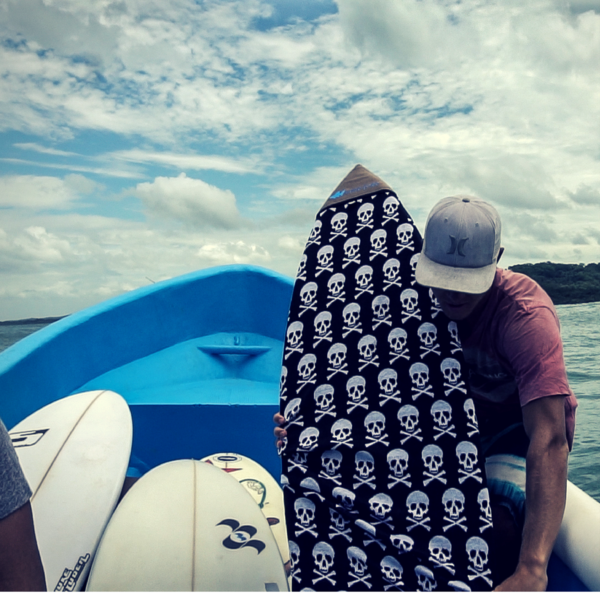 Bags & Backpacks - Wave Tribe Skull Eco Boardsock - Fish & Retro