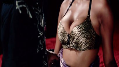 Hot Cleavage Scene