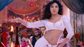 Priyanka Chopra Item Song – Goliyon Ki Raasleela Ram Leela