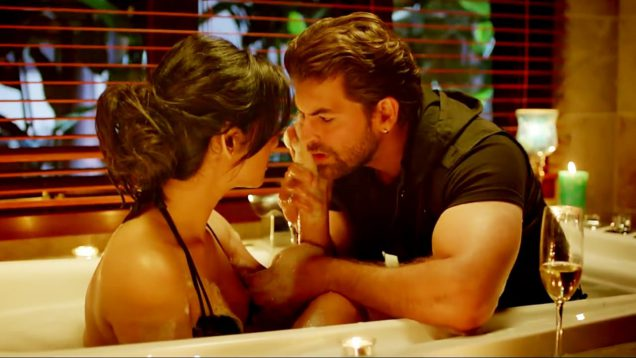 Sonal Chauhan and Neil Nitin Mukesh Bathtub Sex – 3G