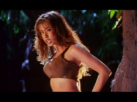 Urmila Matondkar and Sanjay Dutt Hot Song – Daud