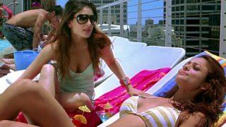 Kareena Kapoor and Amrita Arora in Swim Suit – Kambakkht Ishq