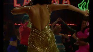 Chitrangada Singh Hot Dance – Desi Boyz
