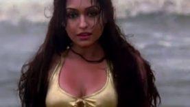 Tarina Patel Bikini Scene – Karzzzz