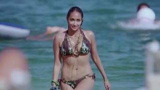 Jiah Khan Bikini Scene – Housefull