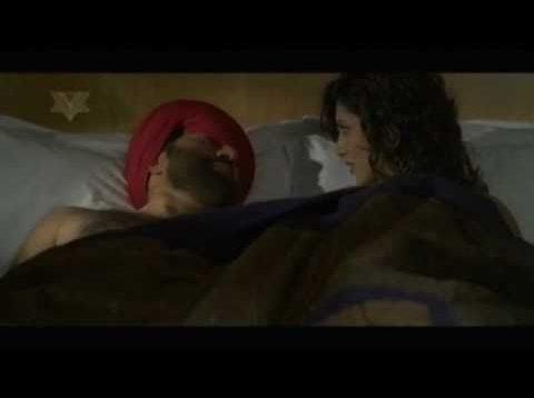 Sunny Deol and Shilpi Mudgal Lip Kiss – Jo Bole So Nihal