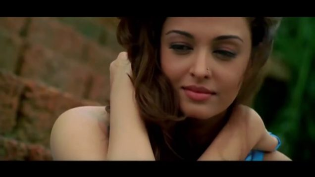 Aishwarya Rai and Sanjay Dutt Intimate Scene – Shabd