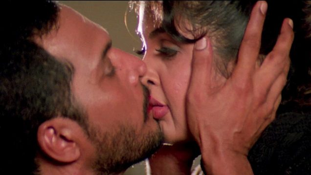 Nana Patekar and Ramya Krishnan Kissing Scene – Wajood