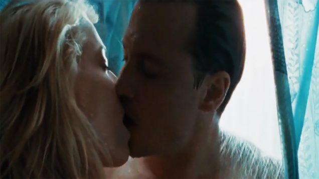 125-Amber-Heard-and-Aaron-Eckhart-Kissing-Scene-The-Rum-Diary-2011