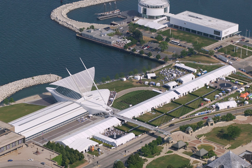 Lakefront Festival of Art at the Milwaukee Art Museum