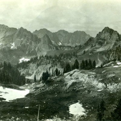 Tatoosh Range from Plummer Peak.