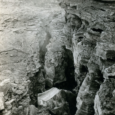 Lava cracks, Hawaiian Nat. Park.