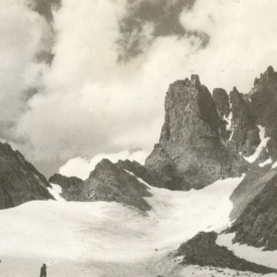 Approaching Cliffs of Harding from Helen glacier