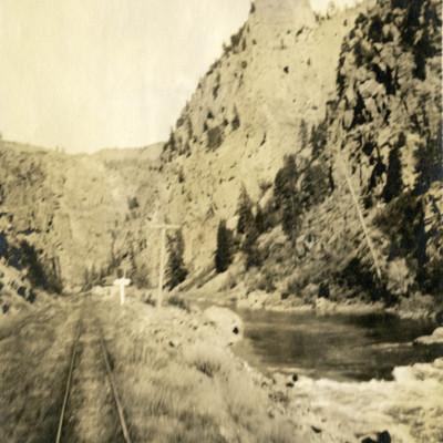 Black Canyon of the Gunnison Train Tracks.jpg