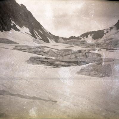 Donkin glacier, crevass